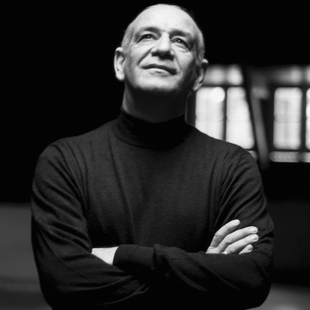 Dimitris Mitropanos photo